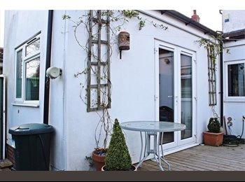 EasyRoommate UK - Luxury flat - Cheylesmore, Coventry - £500 pcm