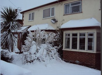 EasyRoommate UK - Large double room, private bathroom and staircase - Cowley, Oxford - £675 pcm