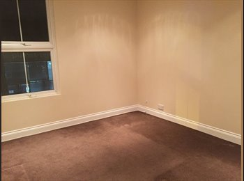 EasyRoommate UK - Room to rent - Kingston upon Thames, London - £625 pcm
