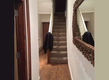 EasyRoommate UK - Room in Canton, 10 min walk from city centre - Canton, Cardiff - £470 pcm
