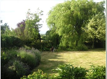 EasyRoommate UK - Lovely place with lovely views and people - Roade, Northampton - £400 pcm