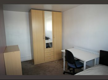 PRETTY NICE room in BETHNAL GREEN
