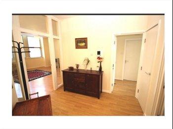 Big double room en suite- M1- £447 pcm