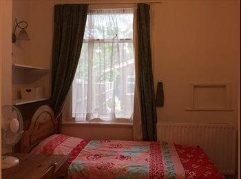 EasyRoommate UK - Single Room in Kingston available for summer - Kingston upon Thames, London - £450 pcm