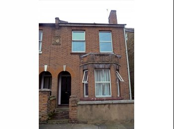 EasyRoommate UK - Housemate required for mature friendly household! - Canterbury, Canterbury - £350 pcm