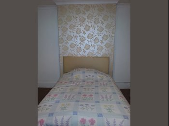 EasyRoommate UK - Viewings availible on 23rd May 2015 - Worcester, Worcester - £450 pcm