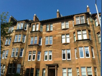 EasyRoommate UK - Room for rent in West End flat - Glasgow Centre, Glasgow - £300 pcm