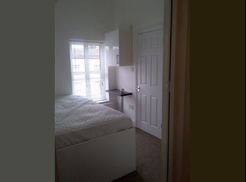 EasyRoommate UK - House Share in Reading - Reading, Reading - £550 pcm