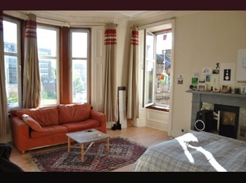 EasyRoommate UK - Large Double Bedroom to rent Woodlands Rd - Glasgow Centre, Glasgow - £360 pcm