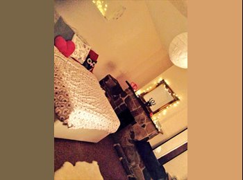 EasyRoommate UK - Furnished double room, great Brighton location - Moulsecoomb, Brighton and Hove - £450 pcm