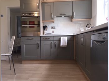 EasyRoommate UK - Great location,Great house,High spec, - Stoke-on-Trent, Stoke-on-Trent - £433 pcm