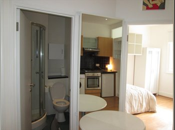 A very large 3 bedroom apartment,ideal for sharers