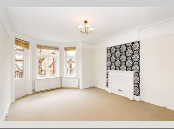 EasyRoommate UK - 2 rooms in Spacious Mansion Flat from 1st July - Maida Hill, London - £866 pcm