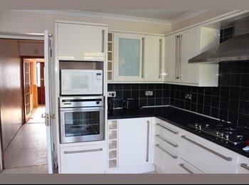 EasyRoommate UK - Nice Newly Refurbished House - Harrow, London - £575 pcm