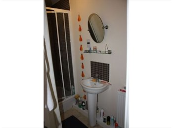 Double Room/Studio - Churwell, Morley - Female!!