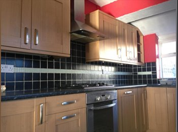 EasyRoommate UK - 5 DOUBLE  - ROOMS TO RENT - GRAVESEND - Gravesend, Gravesend - £400 pcm