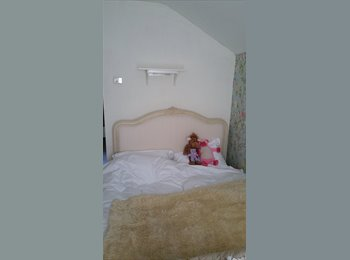 EasyRoommate UK - ***DOUBLE ROOM IN ST JAMES*** - St James, Northampton - £325 pcm