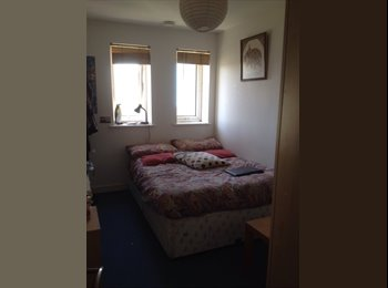 EasyRoommate UK - LOVELY DOUBLE ROOM BOW CHURCH 560 PCM - Stratford, London - £560 pcm