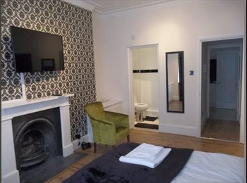 EasyRoommate UK - An uncomplicated 27yrs old female looking for mate - Edinburgh Centre, Edinburgh - £350 pcm