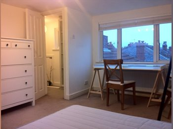 EasyRoommate UK - House Share in Manchester - Chorlton Cum Hardy, Manchester - £362 pcm