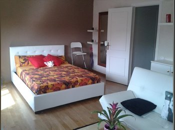 EasyRoommate UK - Room available in the best area of London - South Kensington, London - £900 pcm