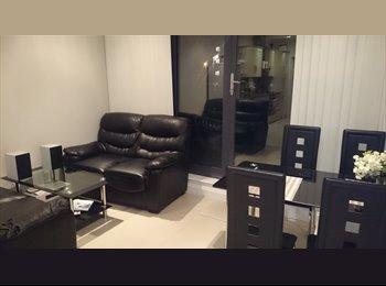 EasyRoommate UK - double room-Isleworth-150 p/w - Isleworth, London - £650 pcm