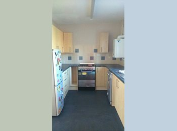 EasyRoommate UK - HOME FROM HOME- GO ON HAVE A LOOK - Didcot, Didcot - £450 pcm