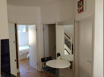 EasyRoommate UK - BEAUTIFUL 3 BEDROOM FLAT IN CAMDEN - Camden, London - £2,470 pcm