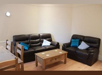 EasyRoommate UK - ROOMS IN SHARED HOUSE WITH INCLUSIVE BILLS - Hunters Bar, Sheffield - £400 pcm