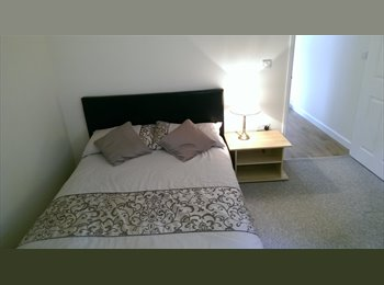 EasyRoommate UK - Self contained one bedroom garden annex available - Cambride (North), Cambridge - £1,100 pcm