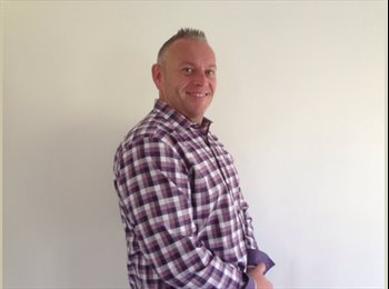 EasyRoommate UK - Julian - 44 - South Somerset