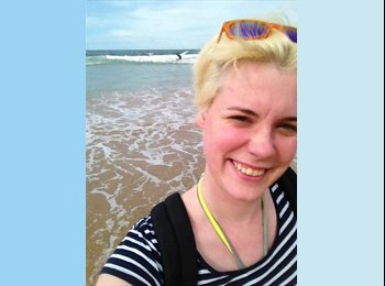 EasyRoommate UK - Suzie - 25 - Inverness
