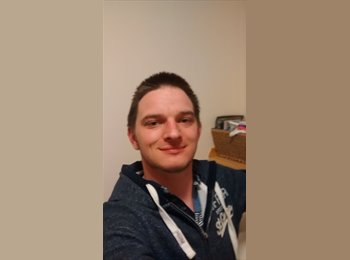 EasyRoommate UK - Alexander - 27 - Inverness