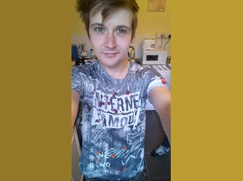 EasyRoommate UK - Joshua - 23 - Chesterfield