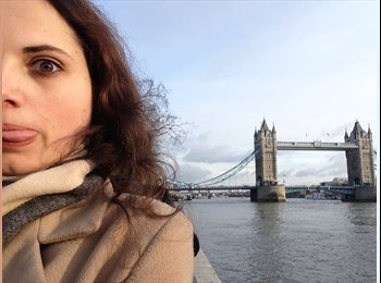 EasyRoommate UK - Monica - 21 - London