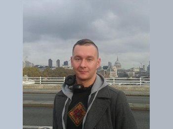 EasyRoommate UK - David - 28 - Stoke-on-Trent