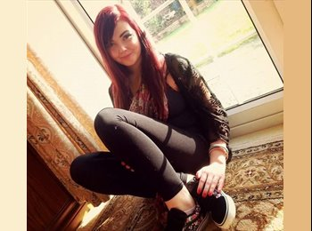 EasyRoommate UK - katrina - 19 - Cheltenham