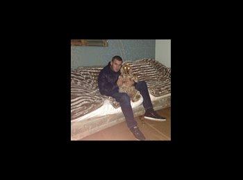 EasyRoommate UK - Laurence  - 27 - Liverpool