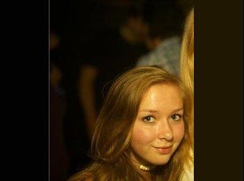 EasyRoommate UK - Laura - 21 - Swansea