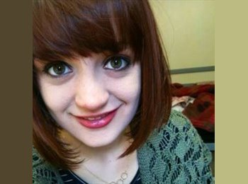 EasyRoommate UK - Anya - 21 - Preston