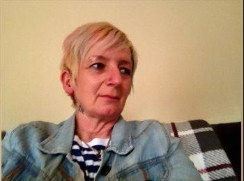 EasyRoommate UK - Bridget - 55 - Leicester