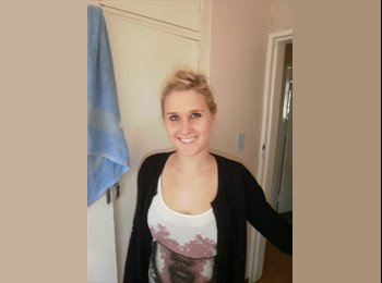 EasyRoommate UK - Cassidy  - 24 - Bath and NE Somerset