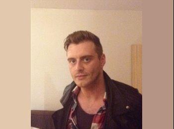 EasyRoommate UK - Aaron - 29 - Sheffield