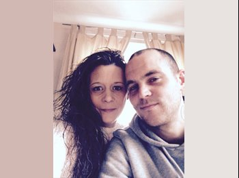 EasyRoommate UK - Michelle and Martin  - 35 - Southampton