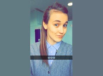 EasyRoommate UK - Danielle  - 24 - Exeter