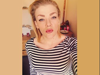 EasyRoommate UK - Melissa - 21 - Brighton and Hove
