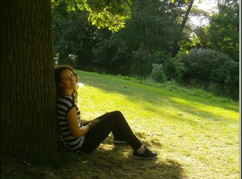 EasyRoommate UK - Adriana - 22 - London