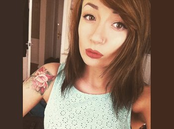 EasyRoommate UK - Beth - 18 - Bournemouth