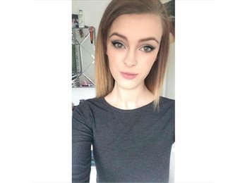 EasyRoommate UK - Kelci   - 18 - Preston
