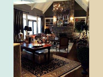 EasyRoommate US - Awesome, professionally decorated, large house - Marietta, Atlanta - $700 pcm